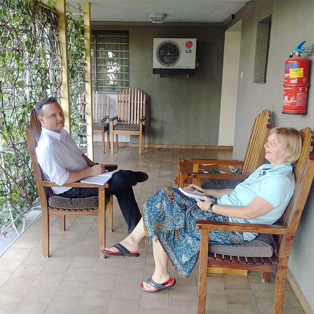 Mit Florian Hecke und Alexandera Leibinger in Dar es Salaam.