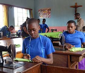 Bessere Chancen für Mädchen – Haushaltungsschulen in der Region Mbinga