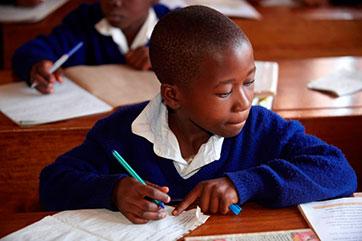Der Staat finanziert nur die ersten sieben Jahre in der Volksschule.