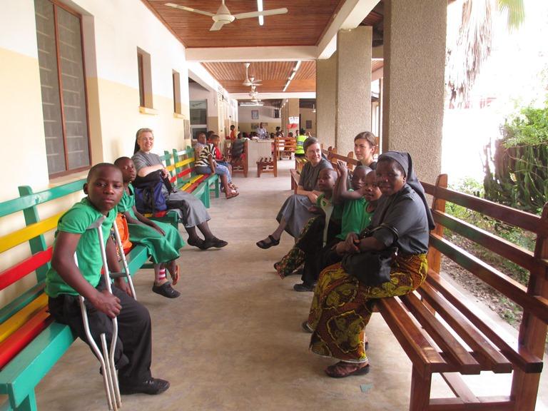 Warten im CCBRT-Hospital