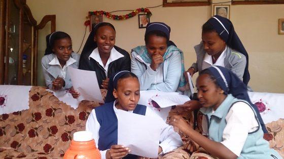 2017-09-30 - Schwestern beim Ausfüllen Stammdaten