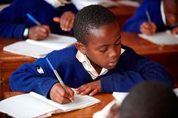 Schulgelder für die Region Mbinga (Tansania)